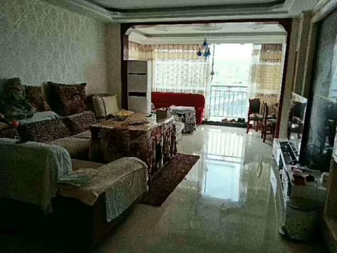 阳光城3室 2厅 2卫79.6万元