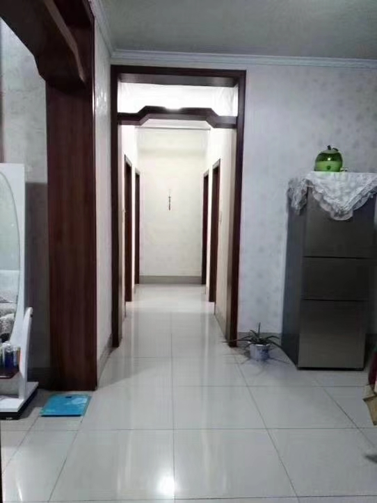 9252-企业局宿舍3室 2厅 1卫105万元