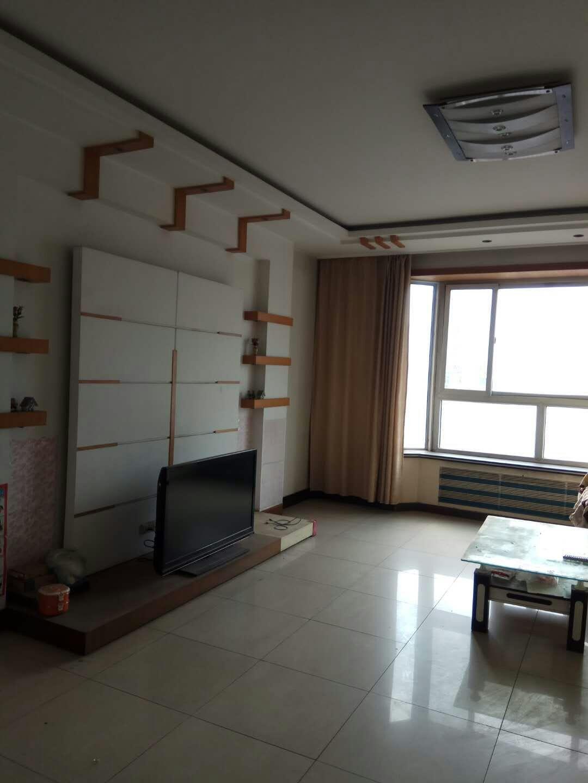 永泰南区4室 2厅 2卫97万元