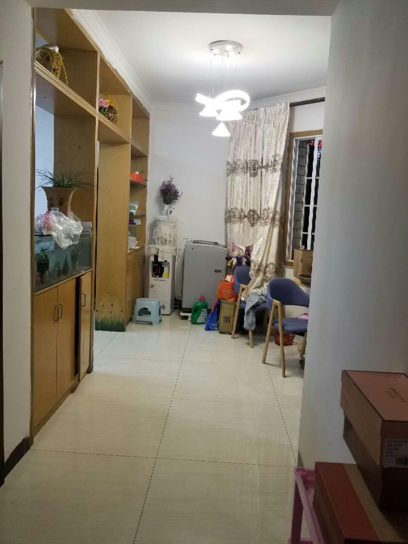 时代广场3室 1厅 1卫88平米48万元