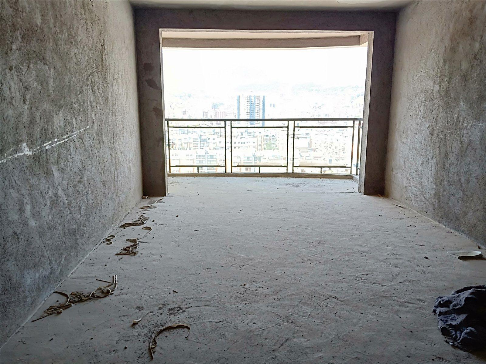 龙腾急售电梯房  首付仅22.6万