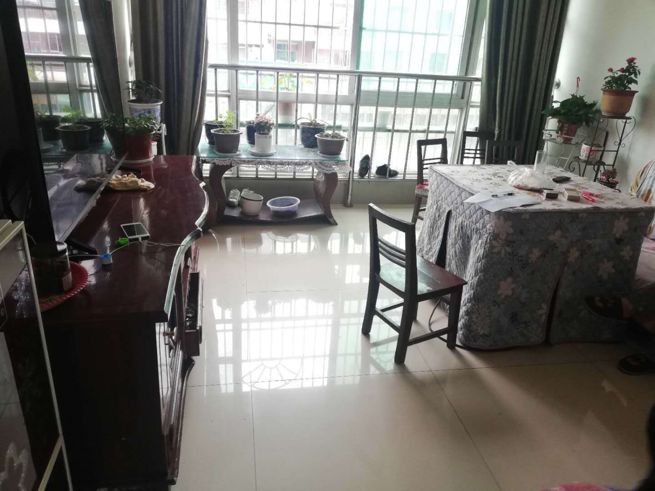 好房子来了??????中山商场,68平米了,两室一厅一厨