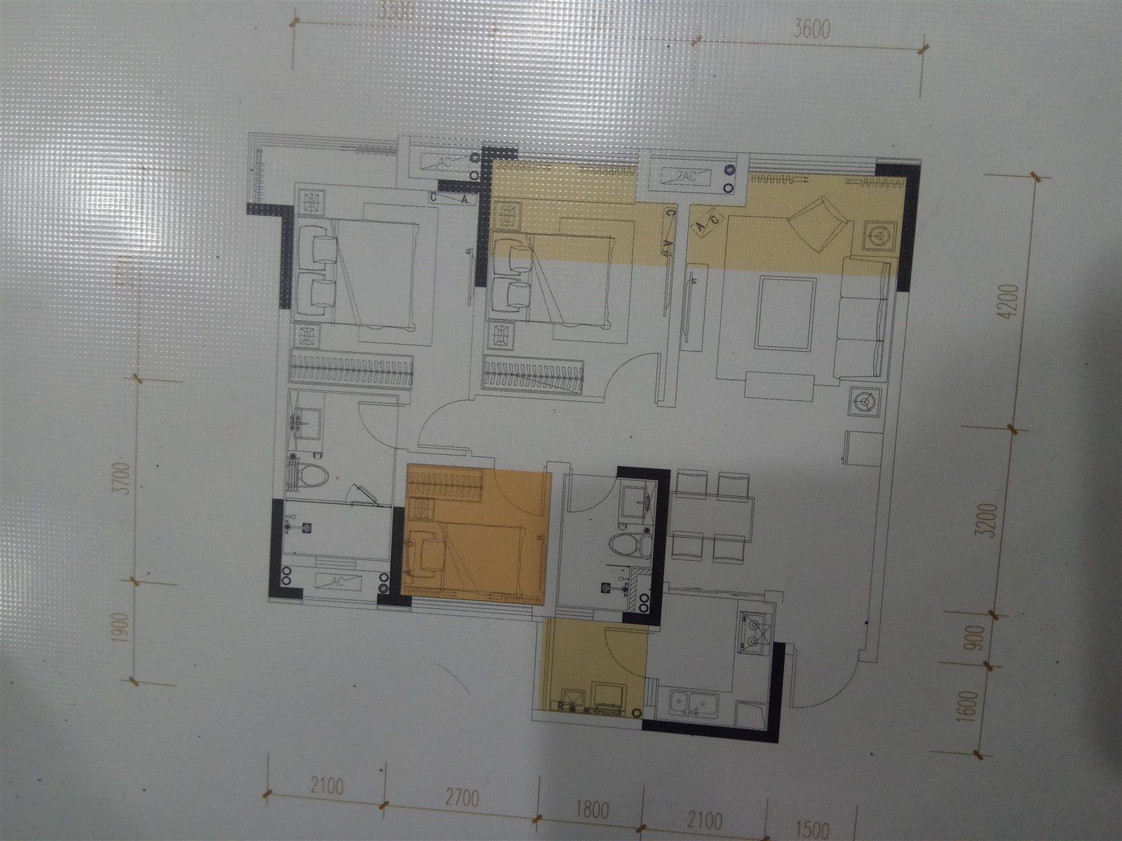 景观33号3室 2厅 2卫66万元
