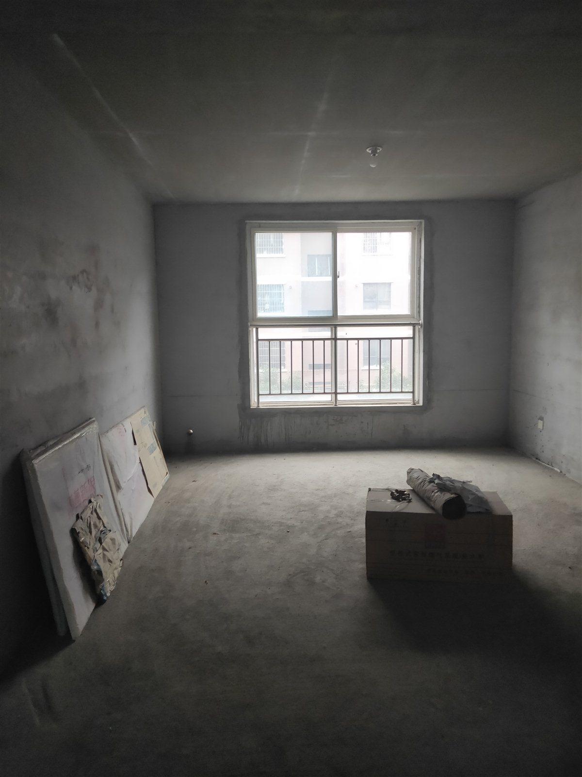 天鹅湖2室 2厅 1卫56万元