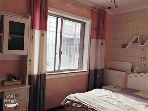 新世纪商贸城3室 2厅 1卫44.8万元