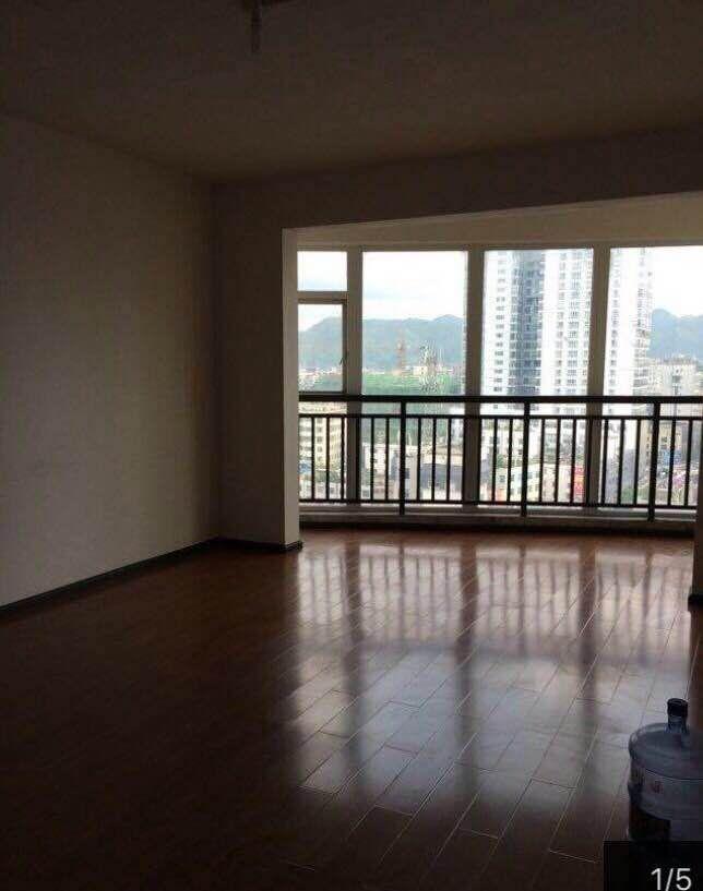 金惠大厦3室 2厅 2卫55万元