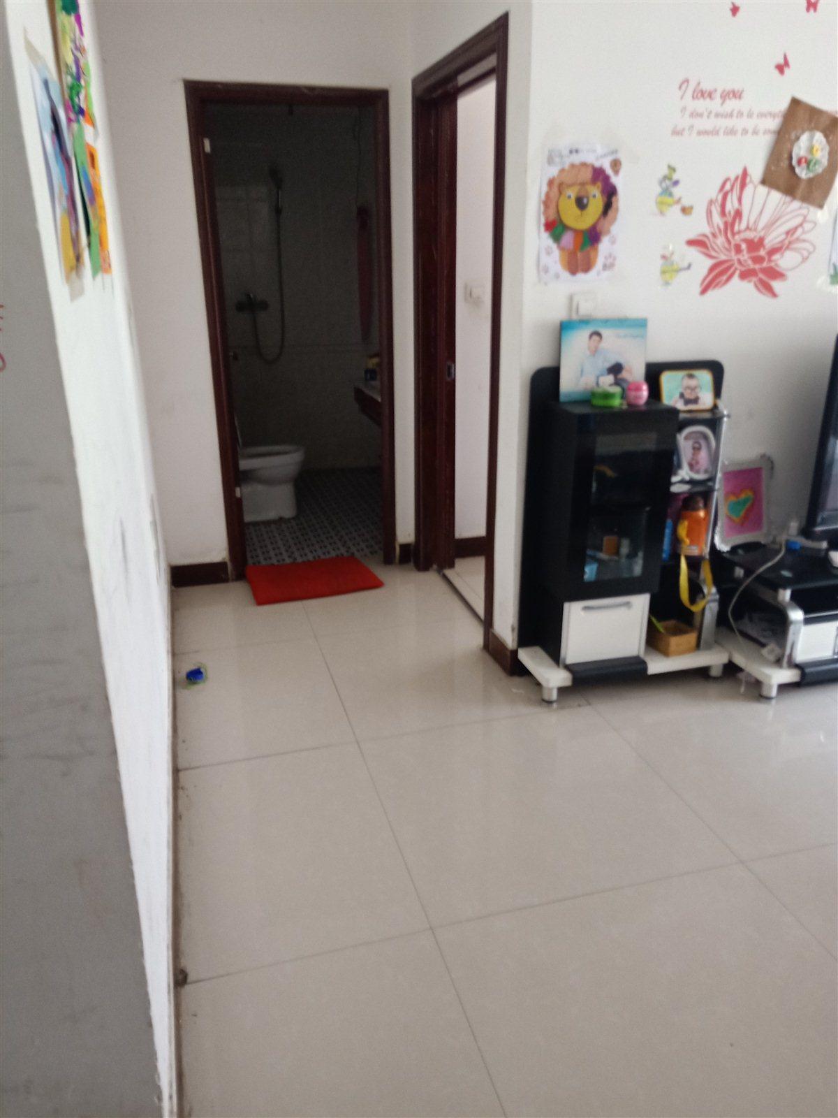 福潤城小區3室 2廳 1衛64萬元
