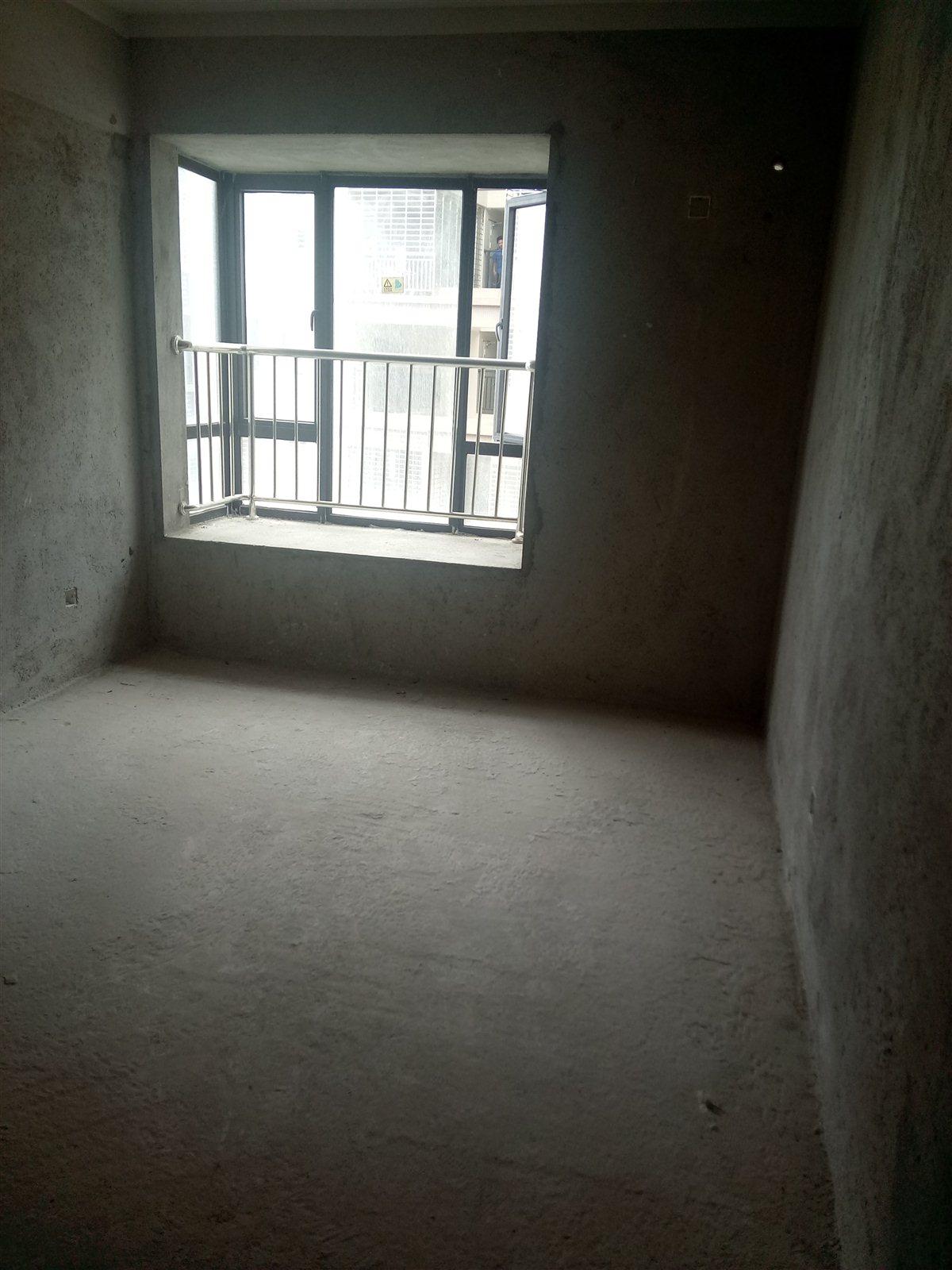 万达一期3室 2厅 1卫72万元