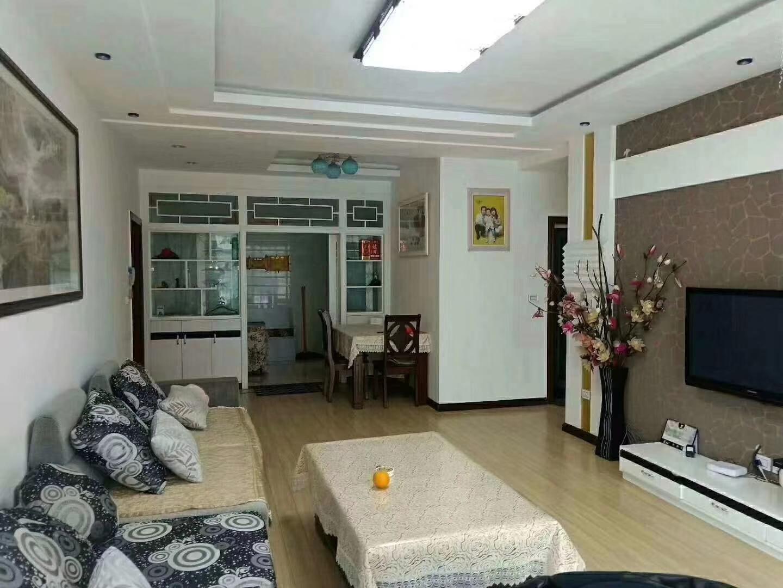 金秋花园4室 2厅 2卫53.8万元