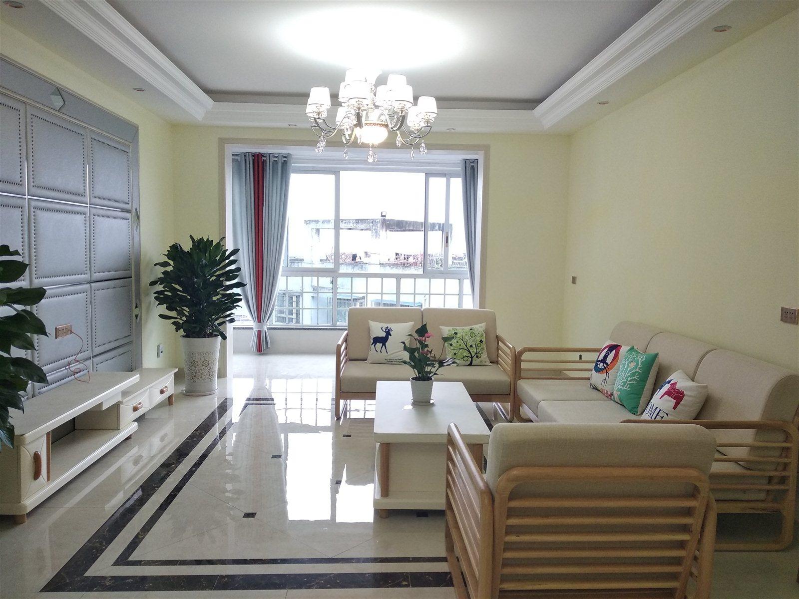 张家沟电梯公寓精装修3室 2厅 2卫69.8万元