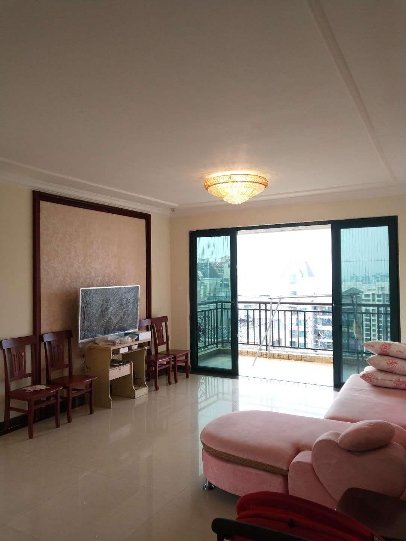 再次降价!恒大二期 137平3室2厅 精装 首付三层。