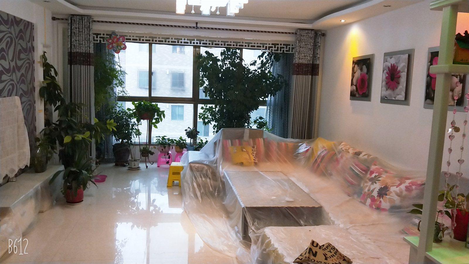 嘉德苑小区3室 2厅 1卫50万元