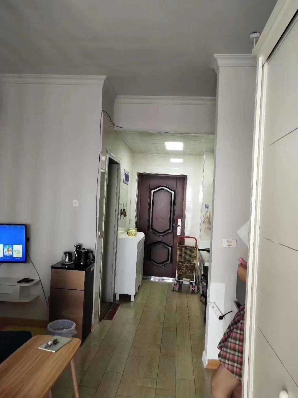 城北路3室 2厅 1卫52.8万元