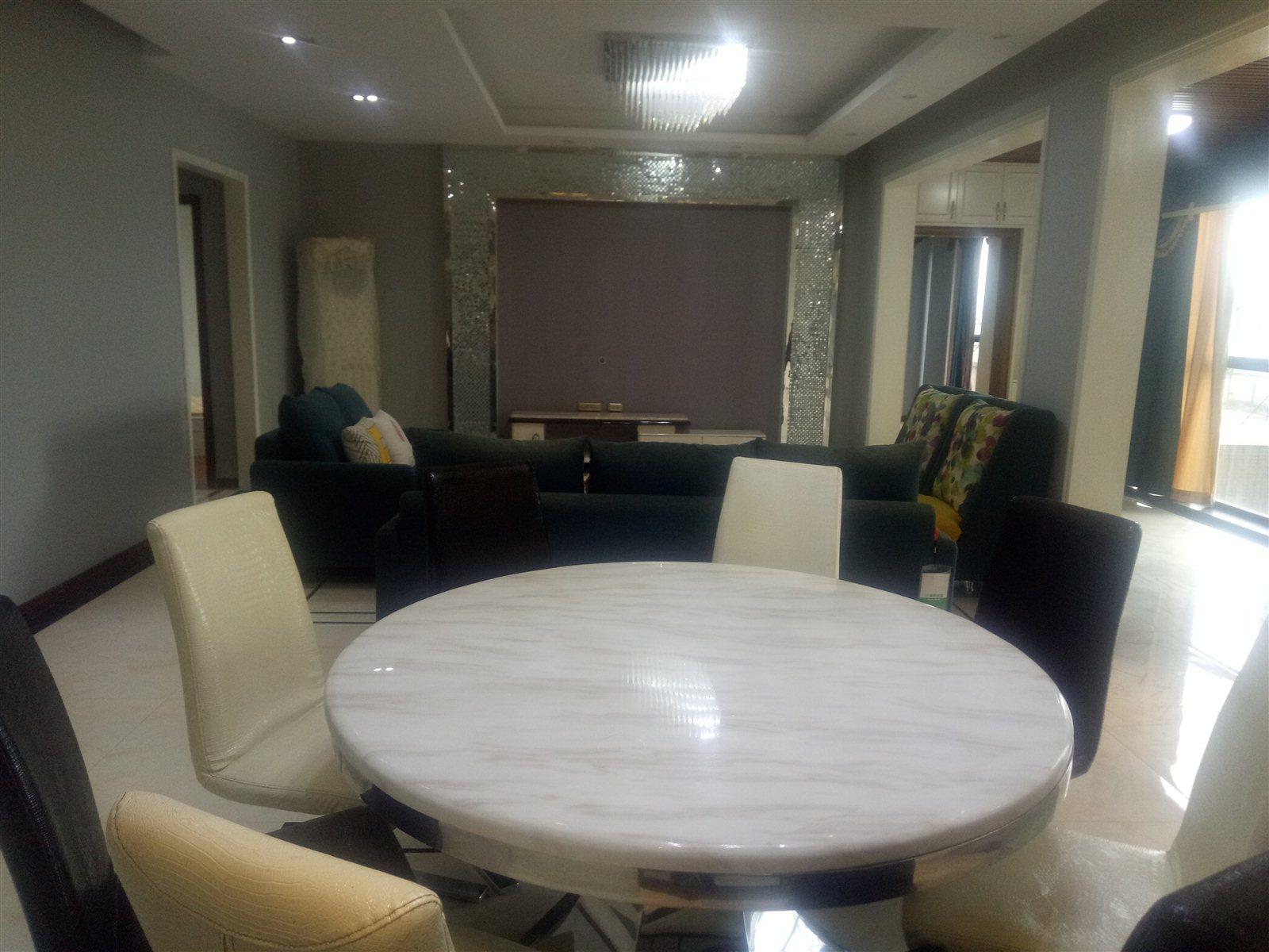 江语长滩4室 2厅 2卫128万元
