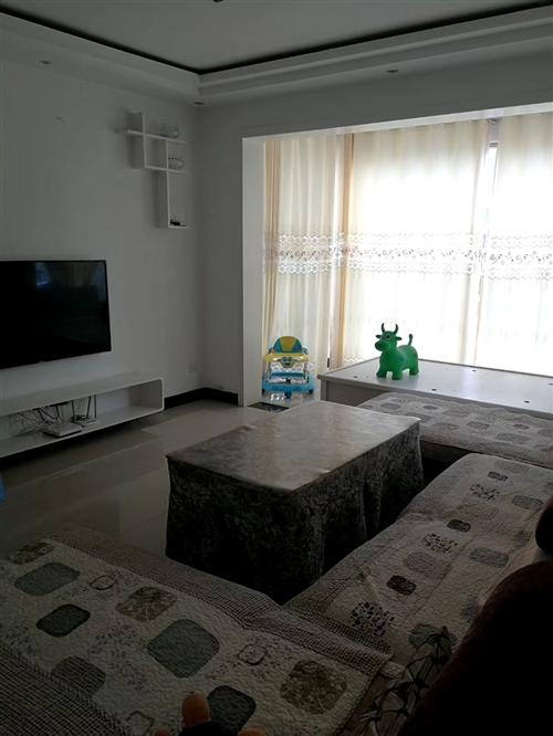 湘黔国际商贸城3室 2厅 2卫41.8万元