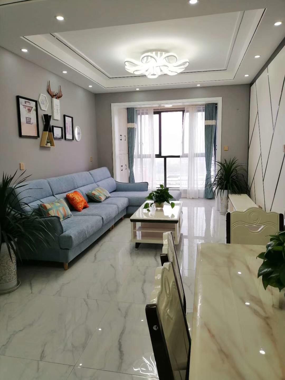 路易大地精装可按揭3室 2厅 2卫99.8万元