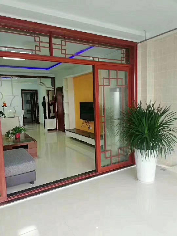 恒利国际新城精装138平米4楼3室2厅2卫73万
