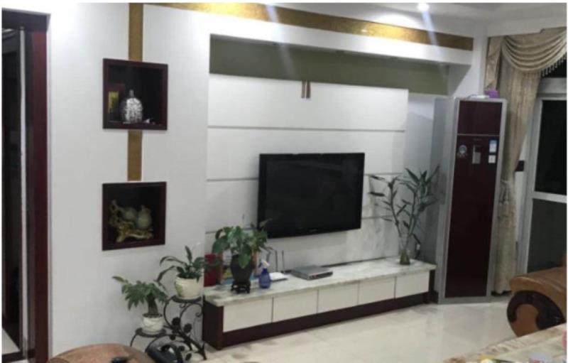 三远江滨花园 3室 2厅 2卫130万元
