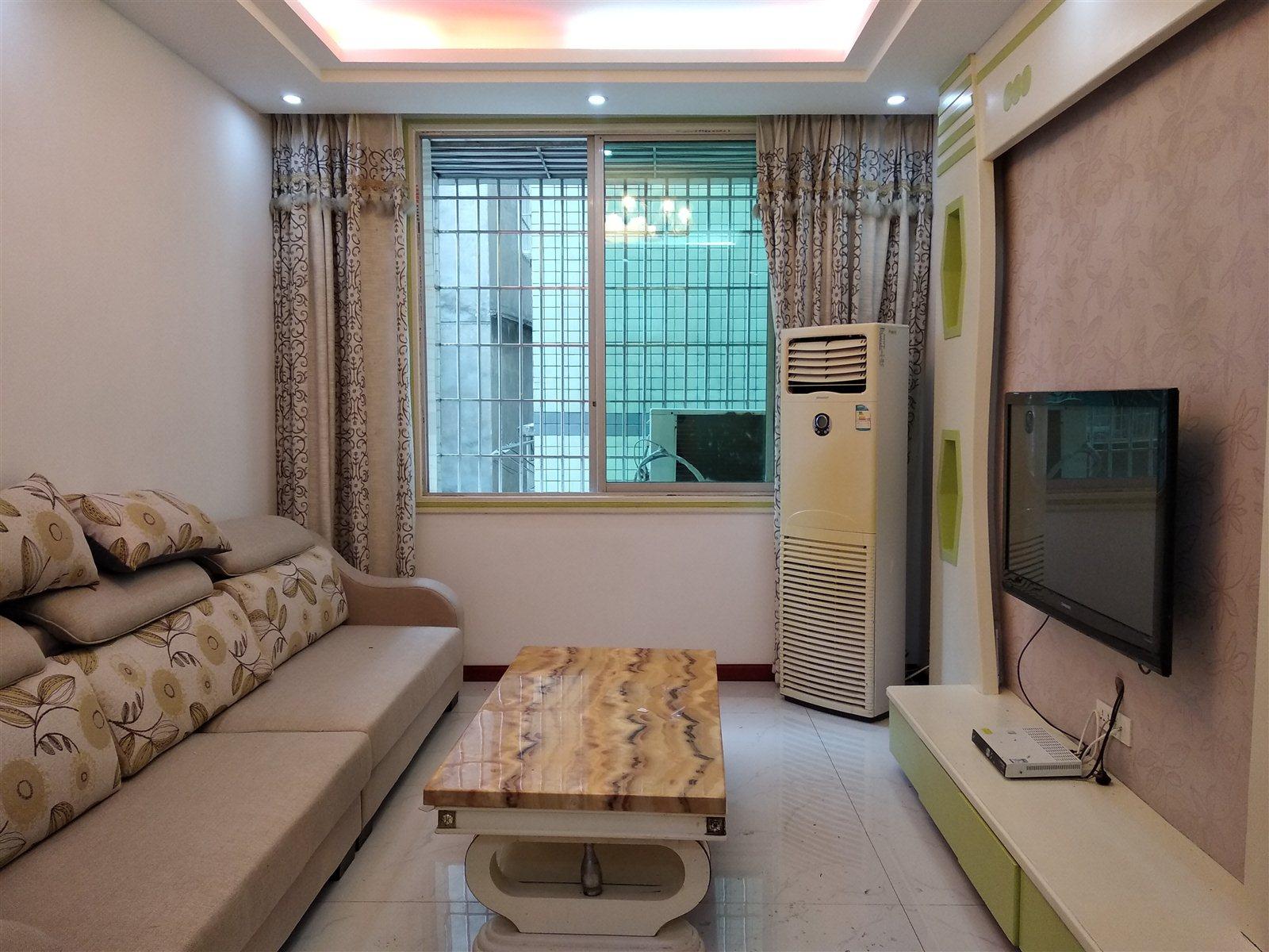 文昌巷小三室3室 1厅 1卫31.8万元