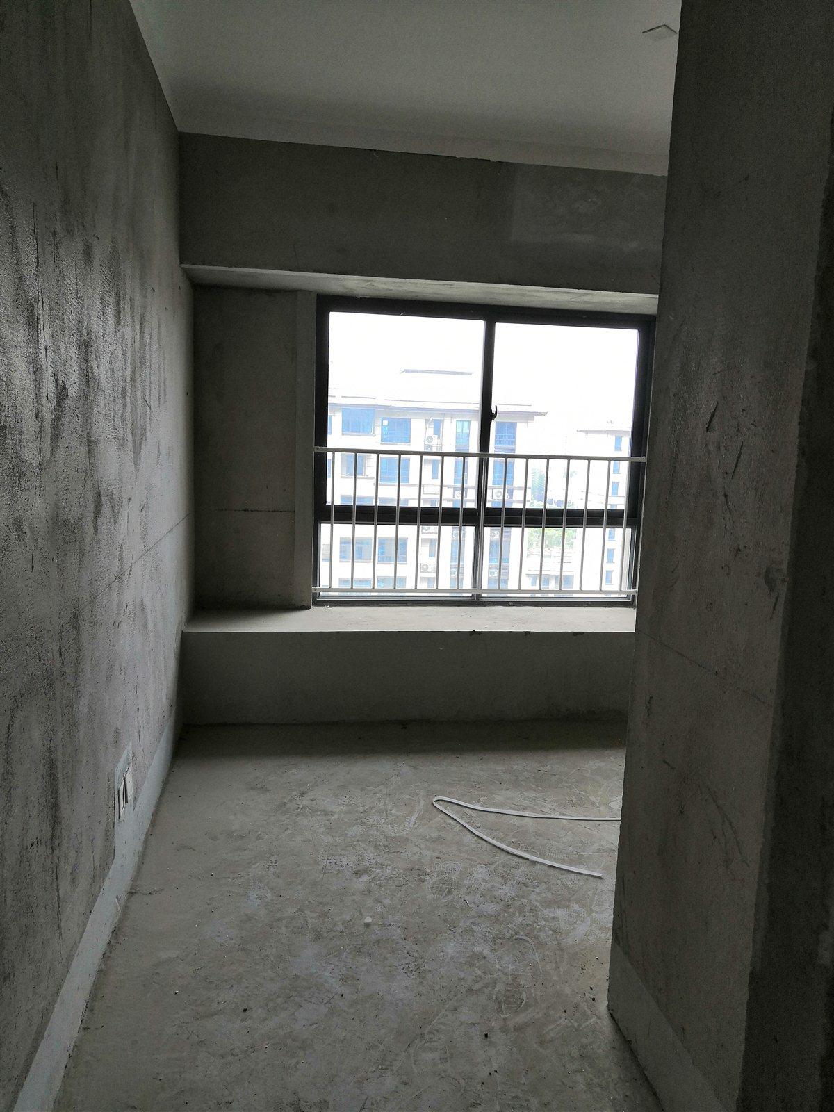 临泉·碧桂园4室 2厅 2卫100万元