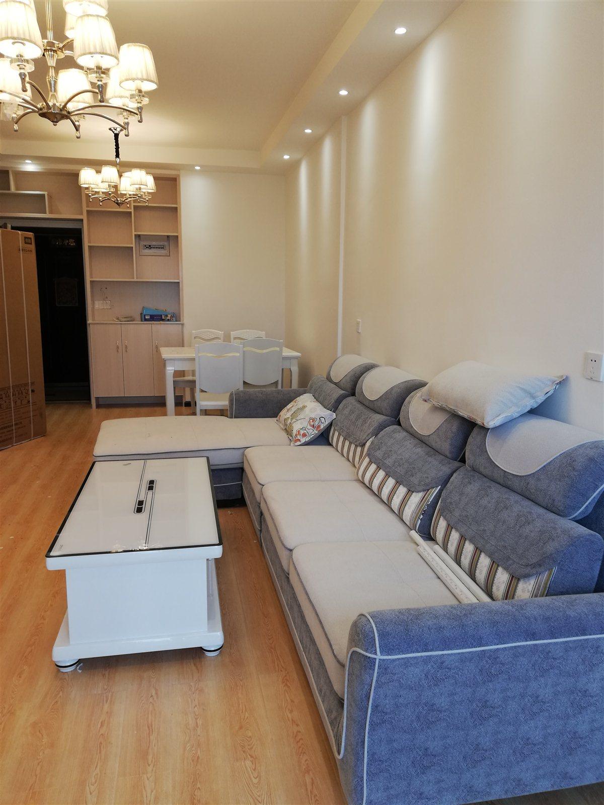 麒龙广场3室 2厅 1卫46.8万元