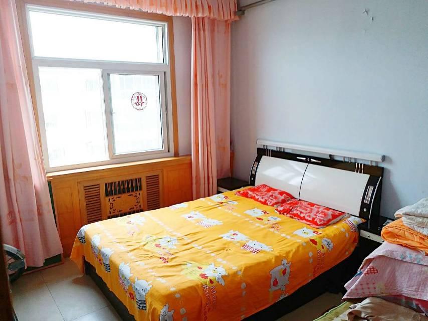 商贸住宅小区2室 2厅 1卫22万元