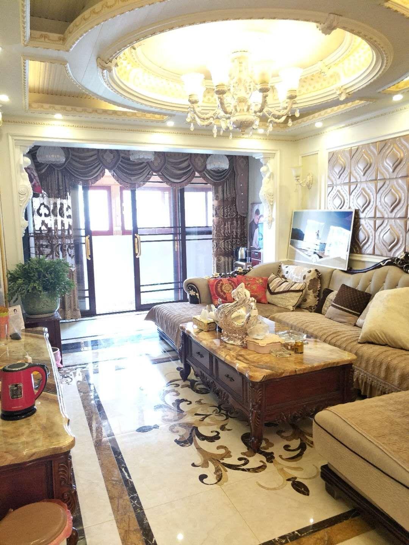 华府新城3室 2厅 2卫88万元