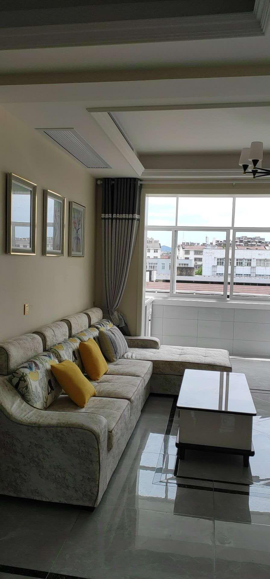实小门口学区房3室 1厅 1卫59.8万元