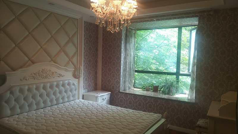 世纪春天3室 2厅 2卫108万元