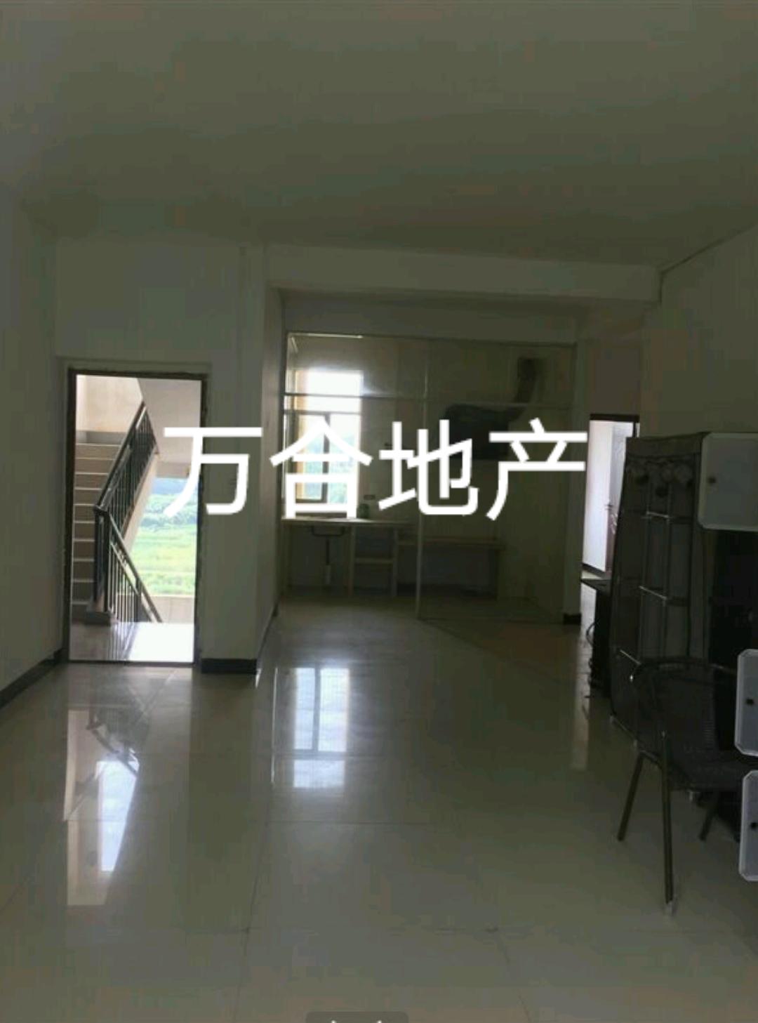 中山苑小区3室 2厅 2卫38万元