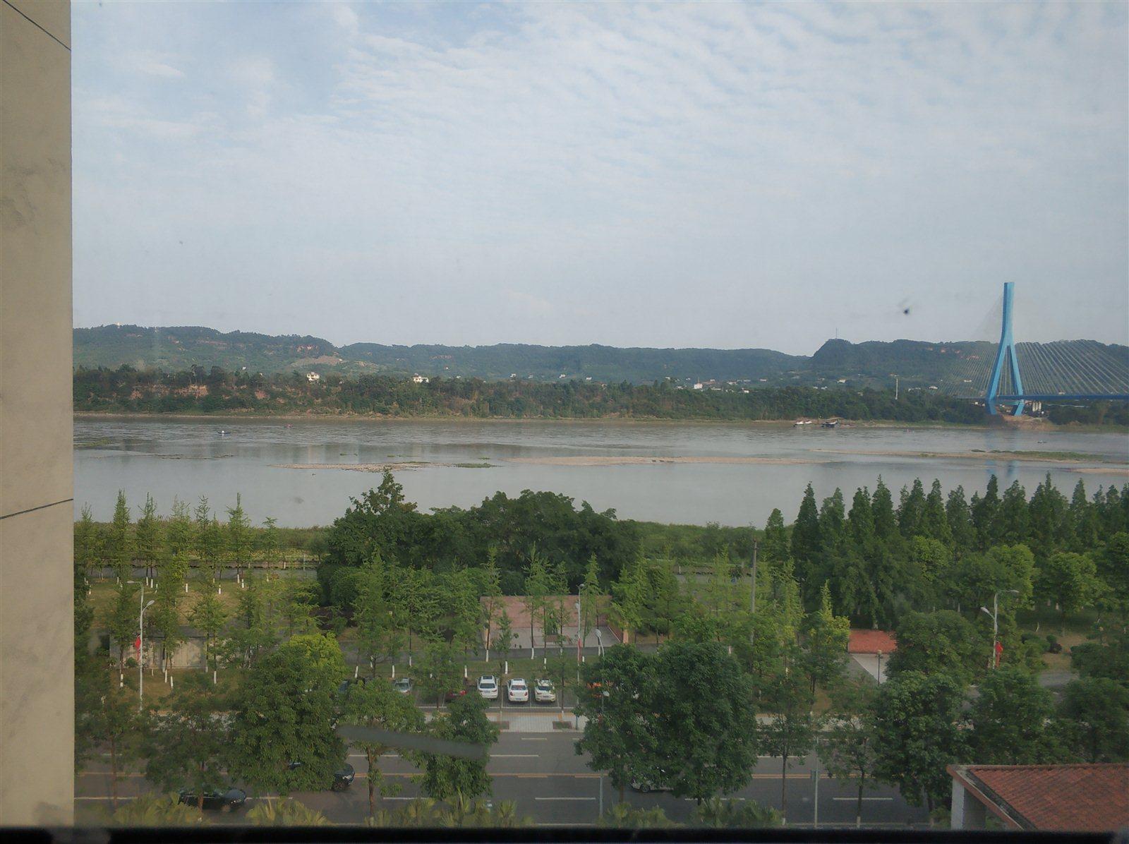 康安江城一期单价6200江景房永无遮挡标准学区房