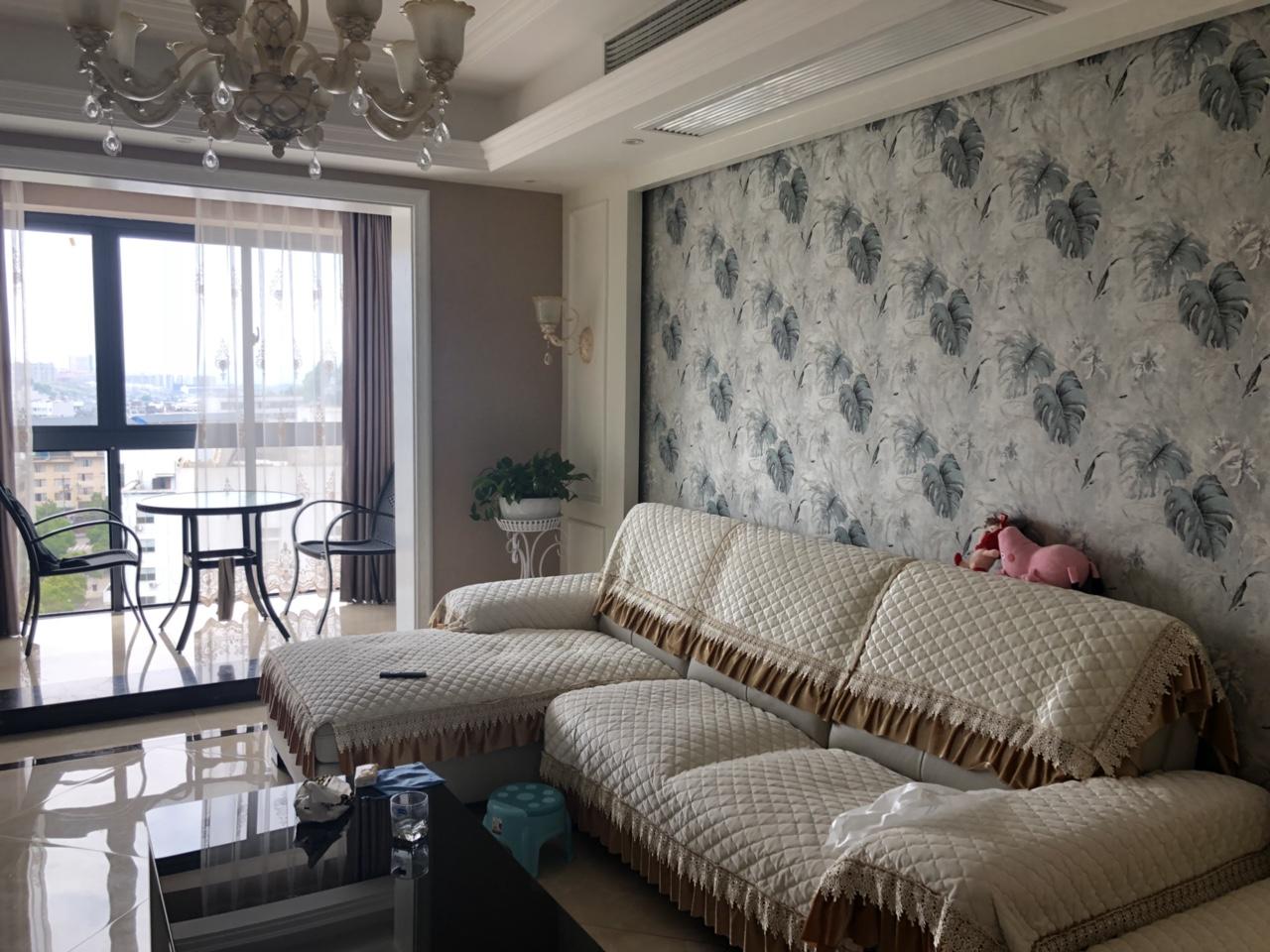 桃园青草湾3室 2厅 2卫165万元