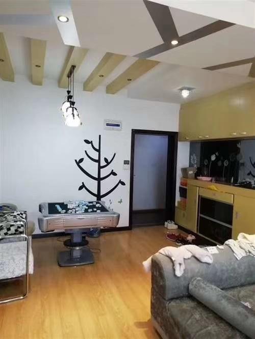路发枫林绿洲3室 1厅 1卫64.8万元
