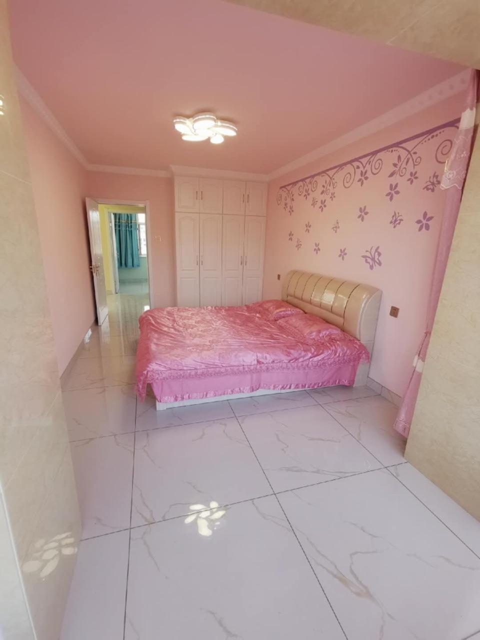 红叶小区2室 1厅 1卫32.8万元