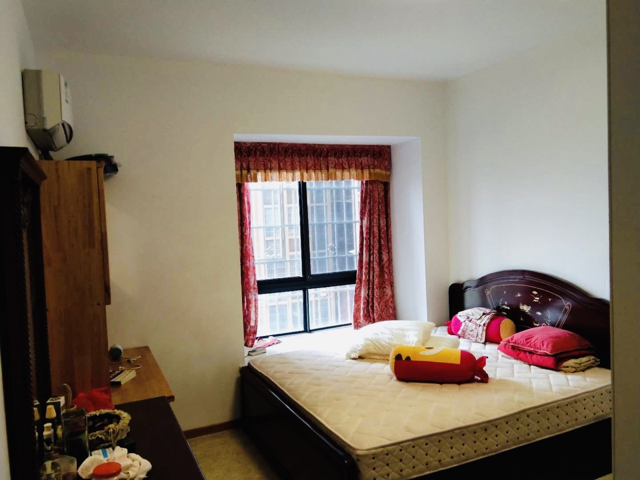 御景江山3室 2厅 2卫49万元