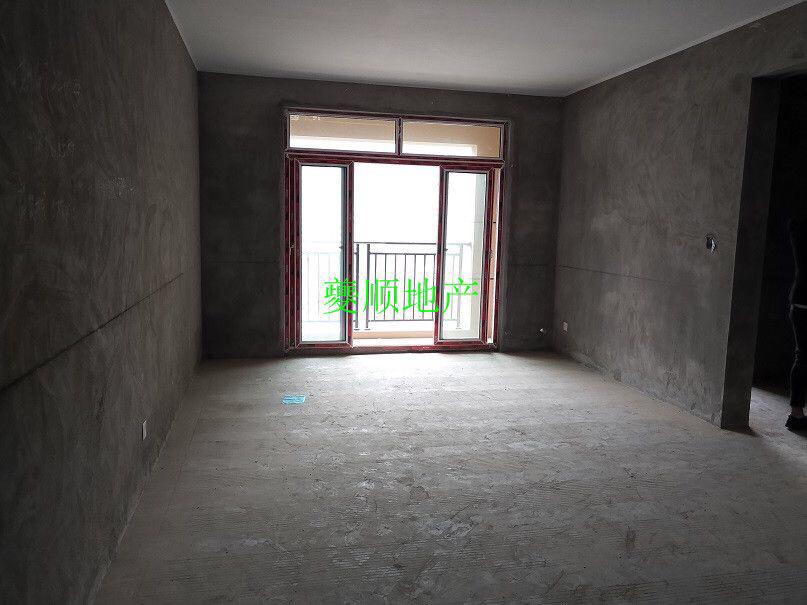 绝版户型 澳海澜庭3室2厅2卫63万元 坐北朝南
