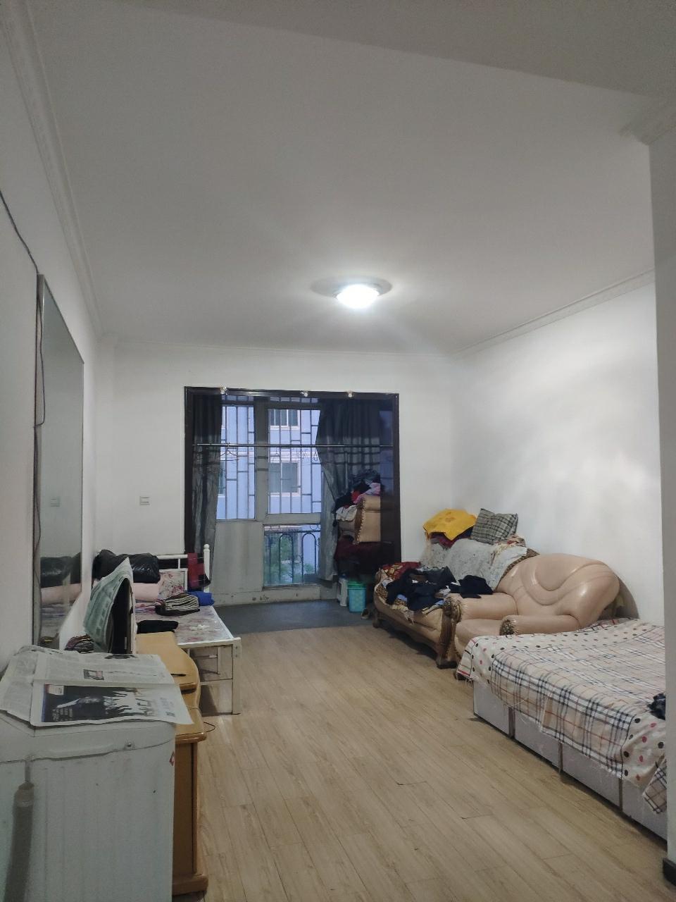 阳光小区2室 2厅 1卫32万元