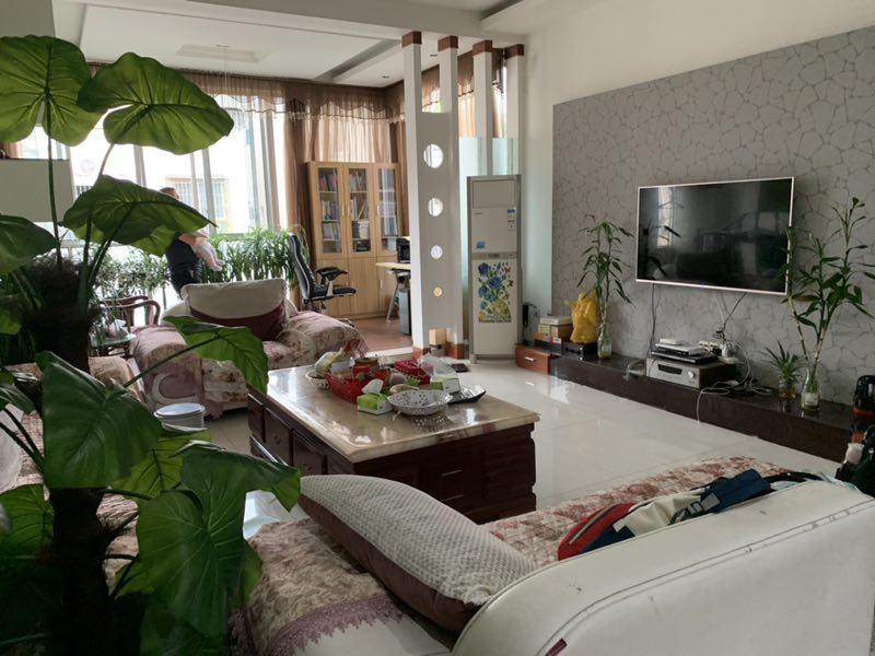 丽景时代5室 2厅 3卫80万元