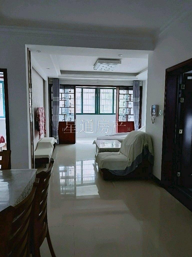 金桂园精装3室 2厅 1卫90万元