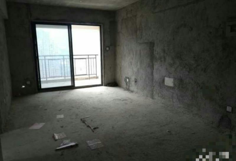 永隆三期3室 2厅 2卫90万元