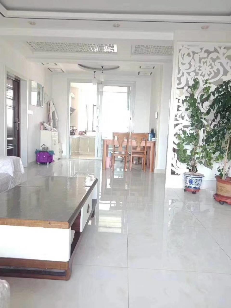 京博和苑3室 2廳 1衛113萬元