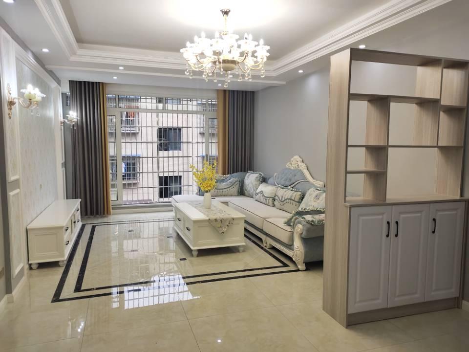 印象城3室 2厅 2卫57.8万元