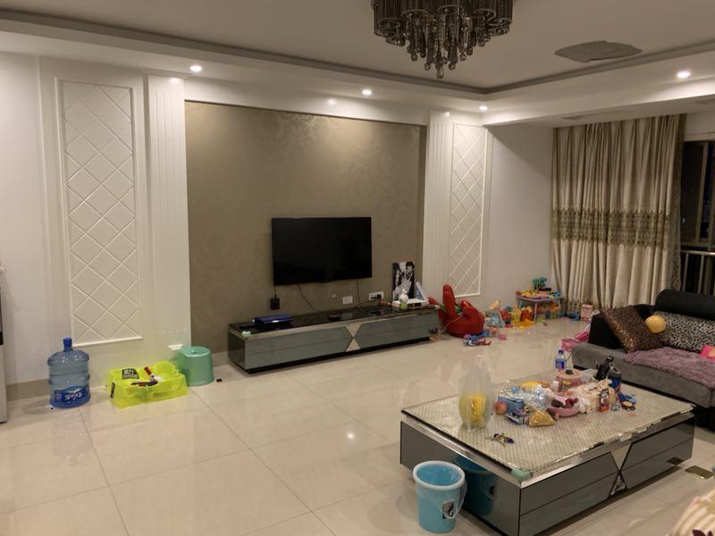 鑫城国际4室 2厅 2卫52.6万元
