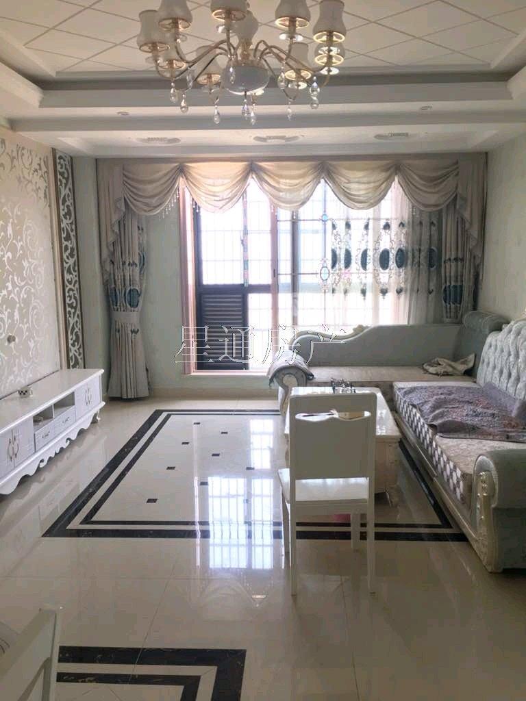 翰林苑精装3室 2厅 1卫108万元