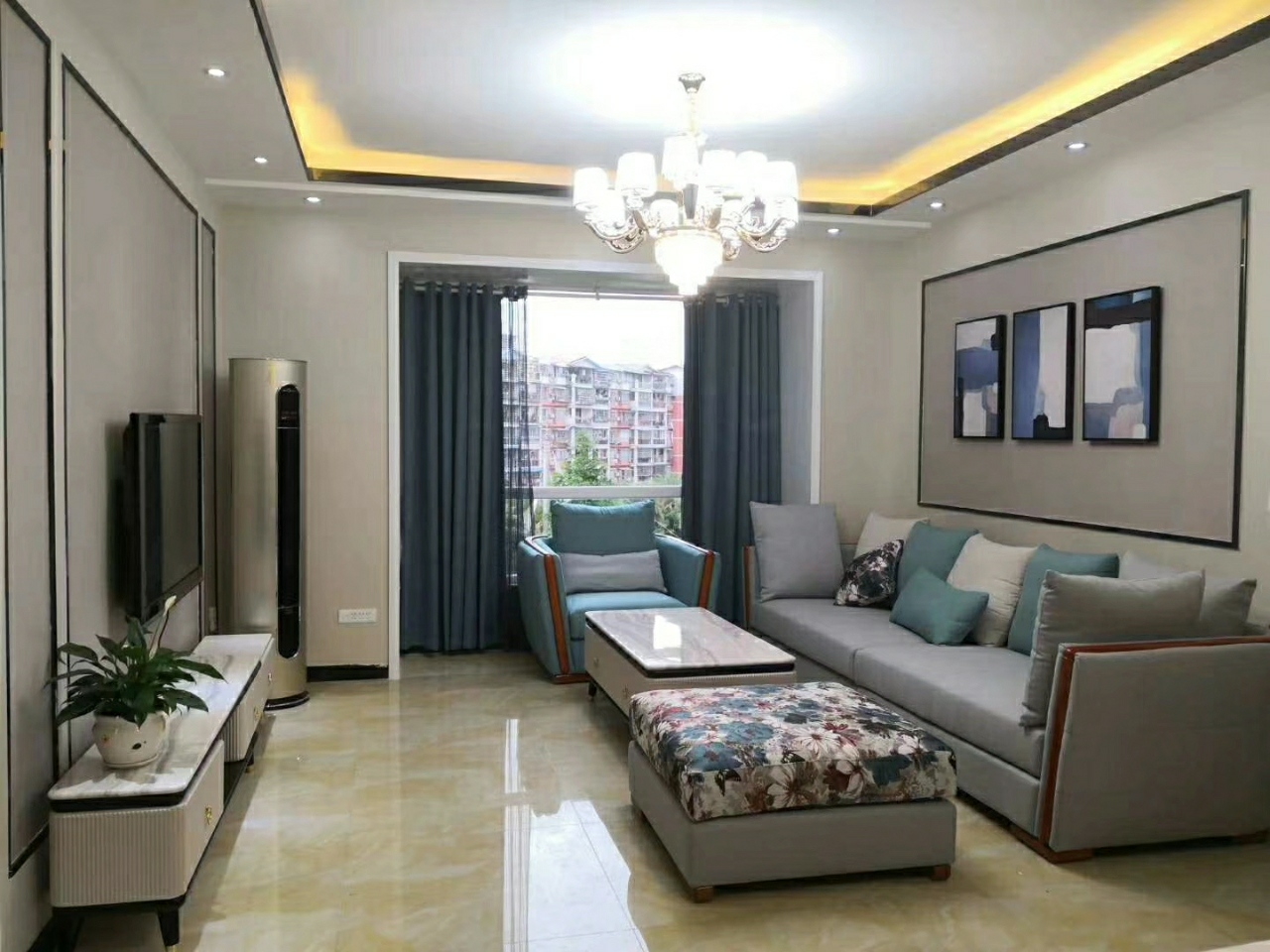泽达未来国际4室 2厅 2卫96.8万元