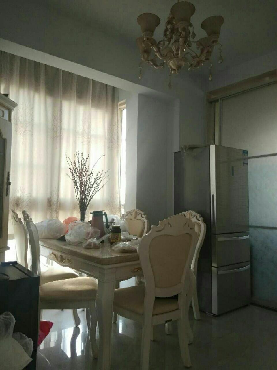 富贵牡丹园电梯5楼3室 2厅 1卫95万元