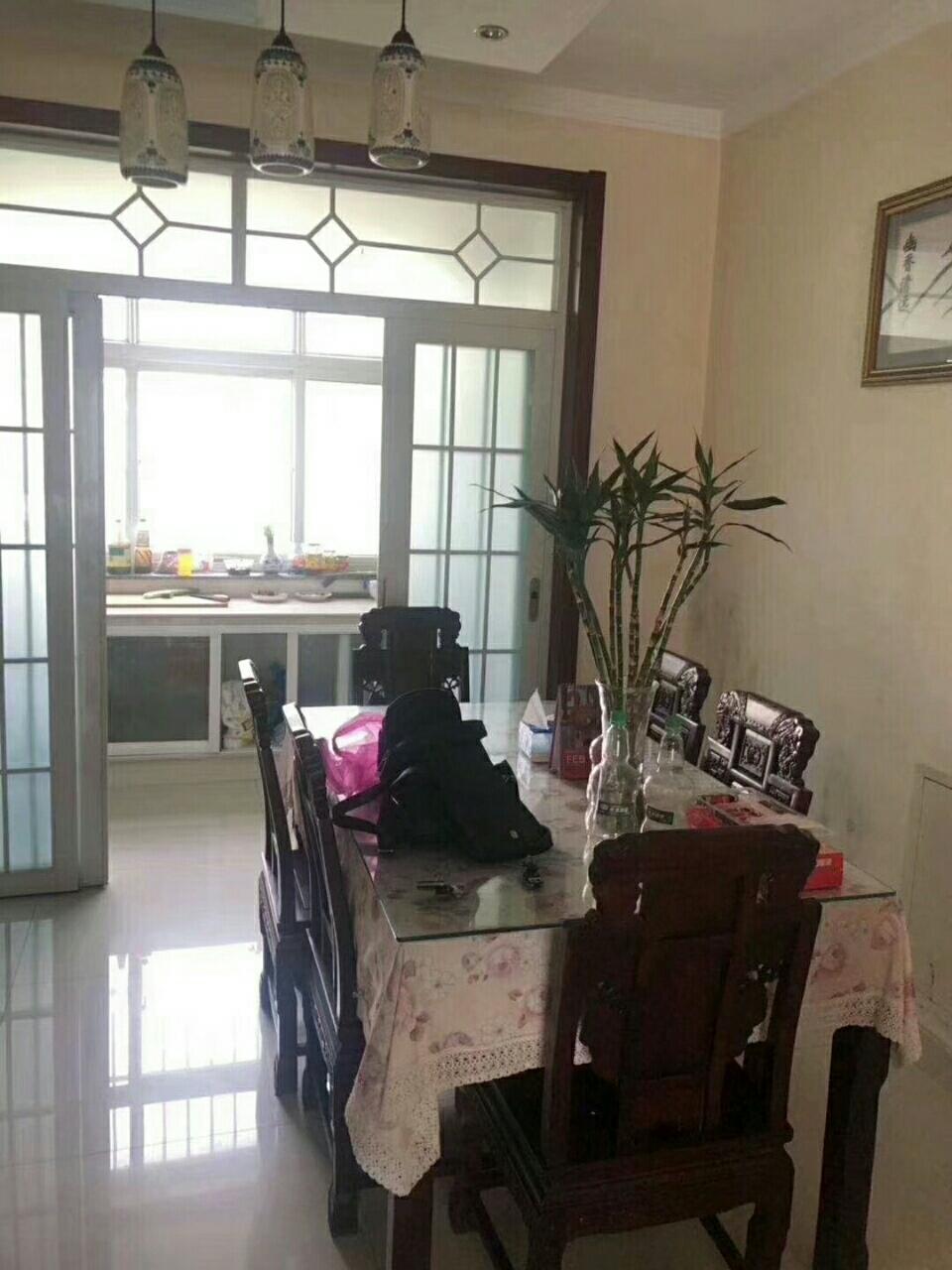 凯泽名苑112平中式精装未住,带空调家具38平车库