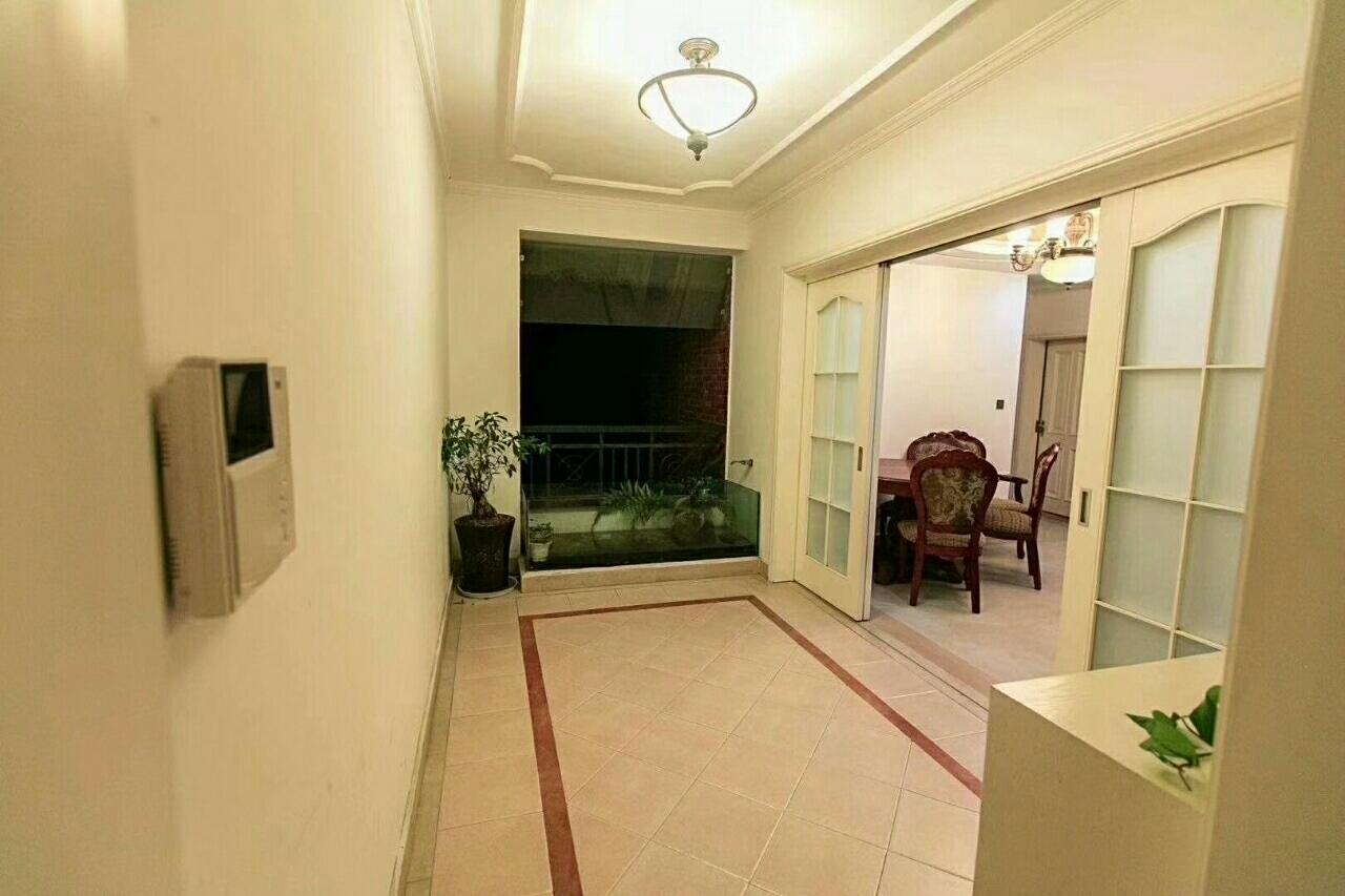 钱江.凤凰城5室 3厅 3卫162.8万元