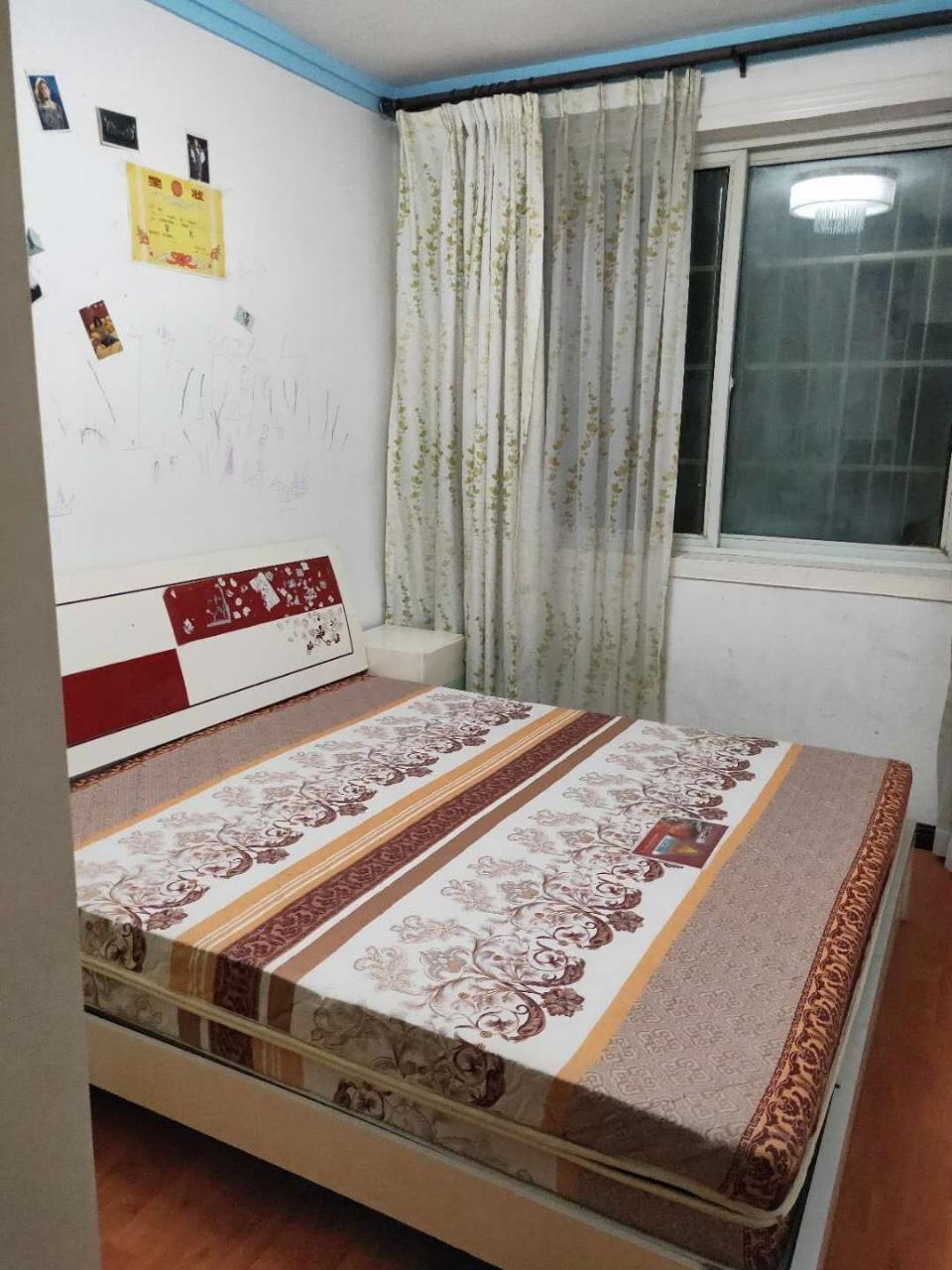 金秋花园3室 2厅 1卫42.8万元