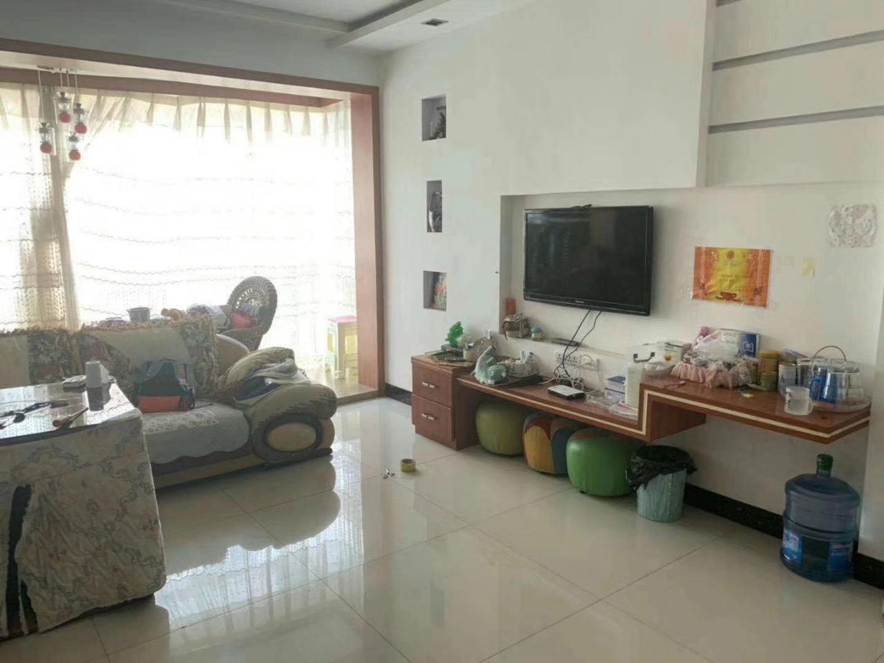 龙腾锦城3室 2厅 2卫78.08万元